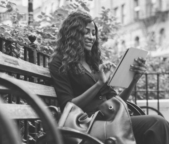 Career Sites-Woman on tablet